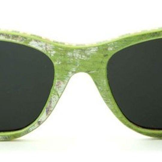 Layback - Green White