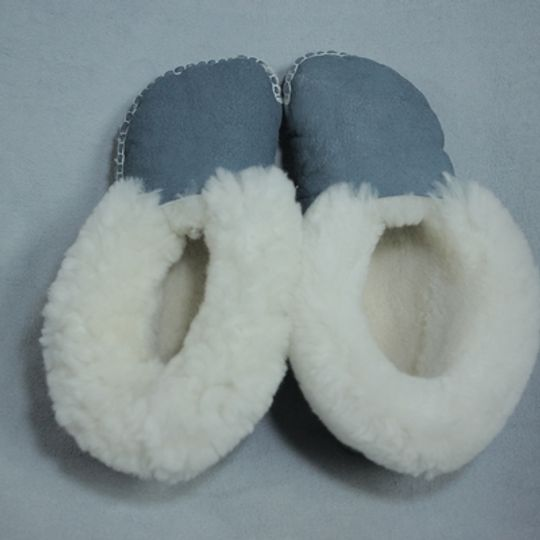 Handmade sheepskin slippers - Teal