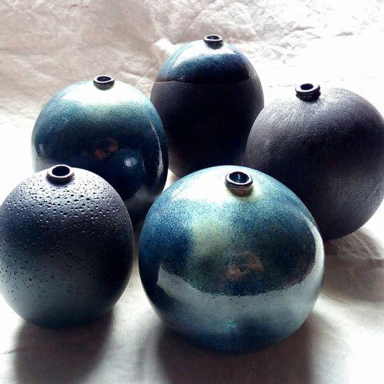 Button-hole Vase