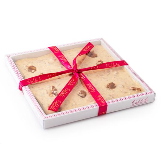 Pecan and Caramel White Chocolate Gift Slab - 400g