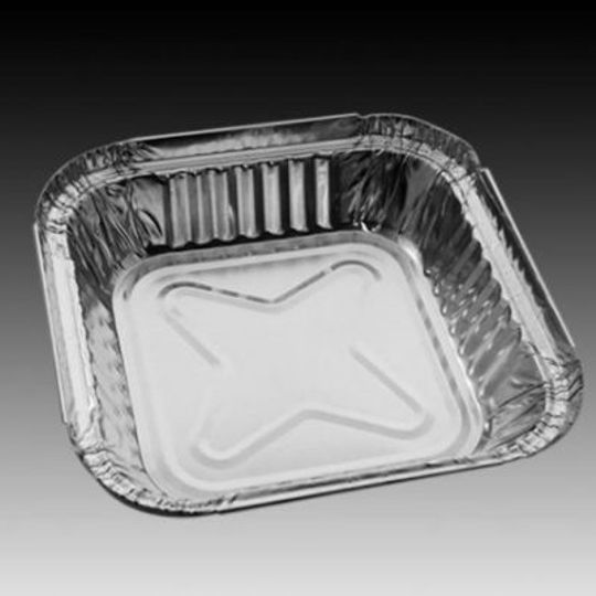 W4173- Single portion square sized aluminium foil container with 550ml capacity.