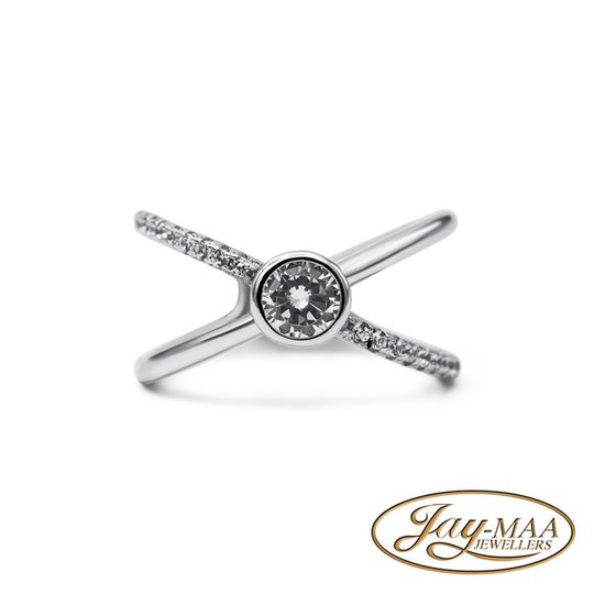 Sterling Silver Cubic Zirconia Ring - Criss Cross Solitaire