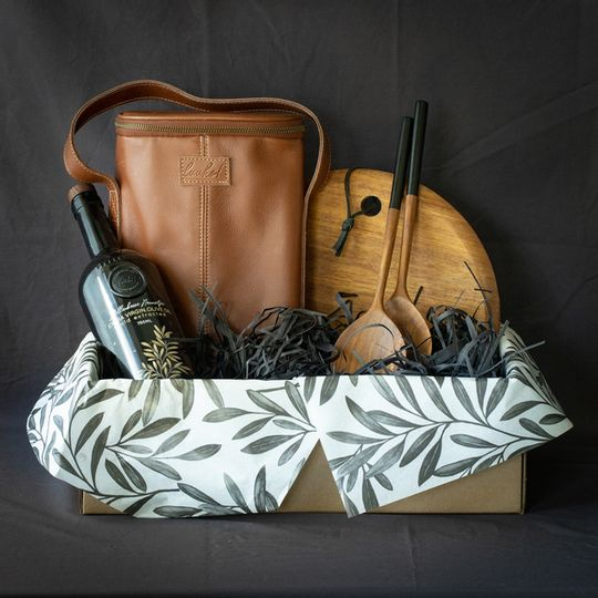 The Luxury Picnic Companion Gift Box