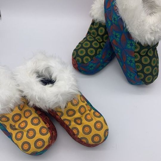 ADULT WINTER SLIPPERS