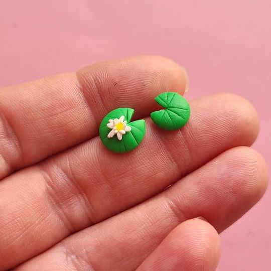 Water Lily studs