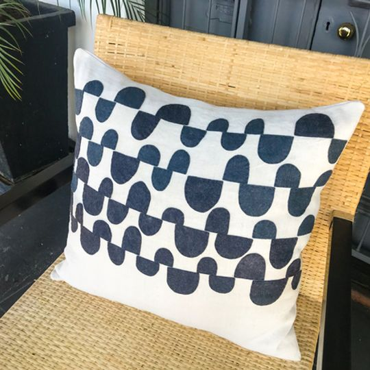 Luo - Cushion