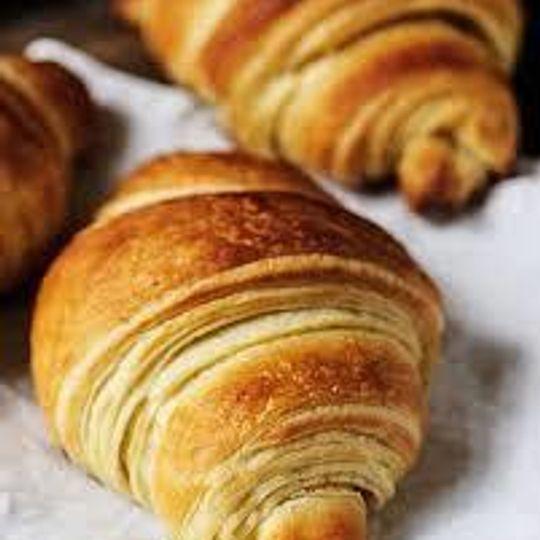 Vegan Croissant (carbs 29g)