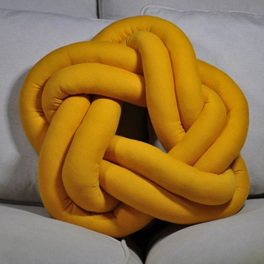Star Knotted Cushion