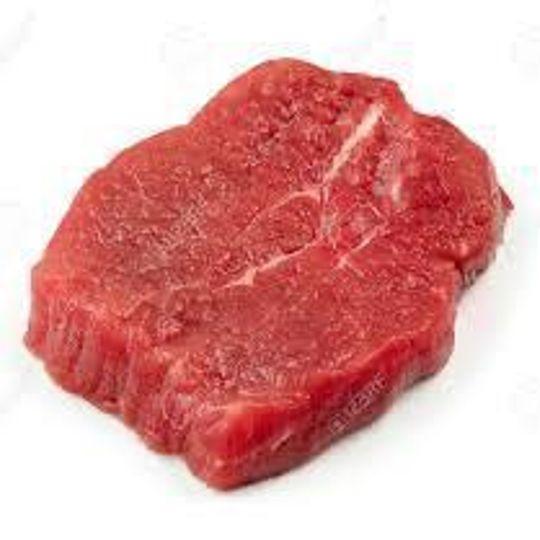 1kg Beef Fillet steak.