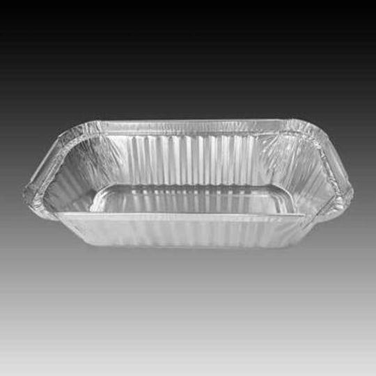 W4433-Medium aluminium foil loaf pan with 720ml capacity.