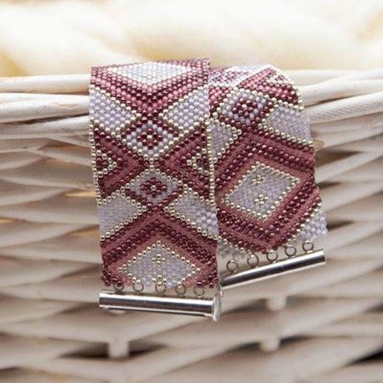 Maroon Diamond Peyote Bracelet