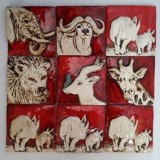 Tile, wild animal