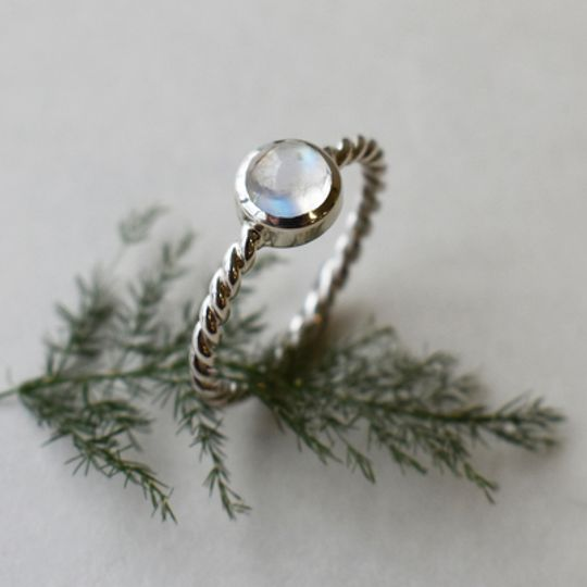 Twirly Rainbow Moonstone Ring
