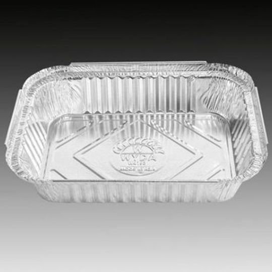 W4153 -Light-duty double portion, medium sized disposable aluminium foil container with 890ml capacity.