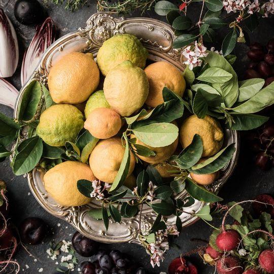 WS Apron - Noir Lemons
