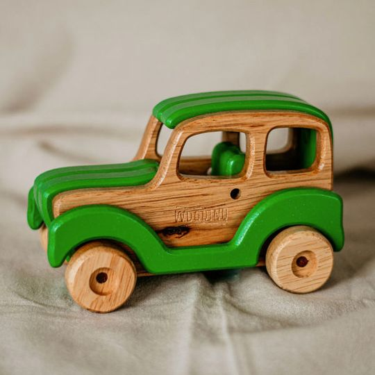 Woody The Car (Choose your colour)