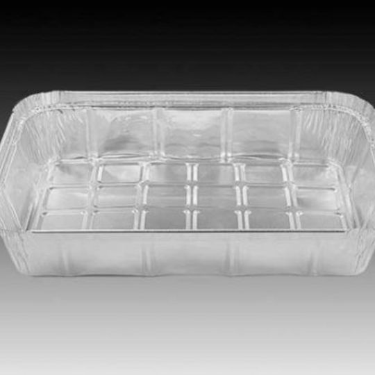 W4093- Heavy duty 3/4 portion, large sized disposable aluminium foil container with 1340ml capacity.