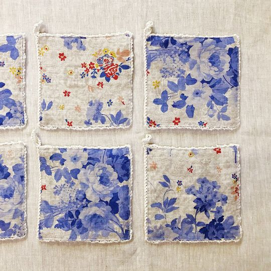 Oondlappie - Delft Floral Linen