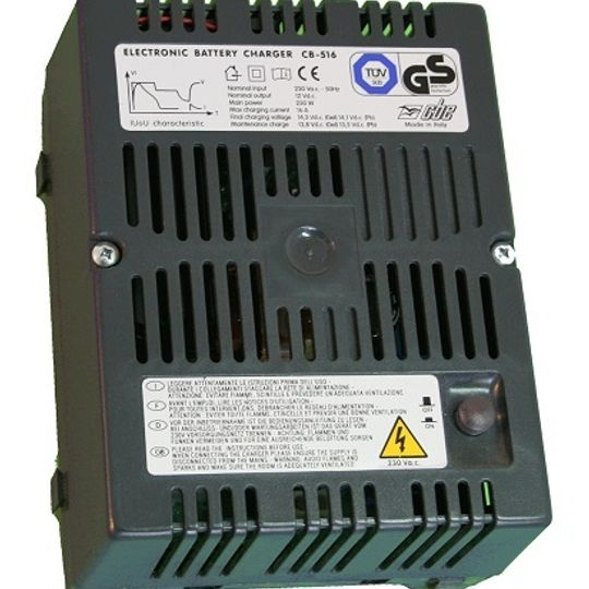 R0003917 - CBE516 BATTERY CHARGER 16AMP
