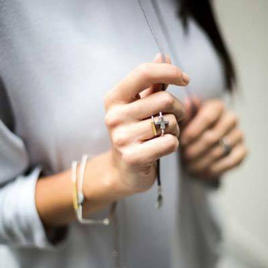 Glass Cross U-Shape Ring