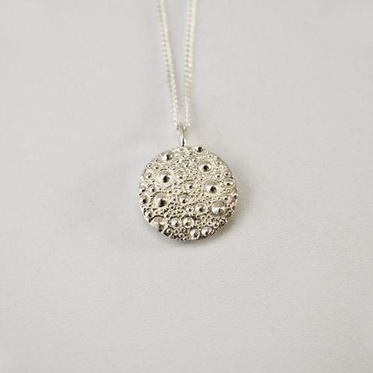 Sea Urchin Texture Necklace - Round