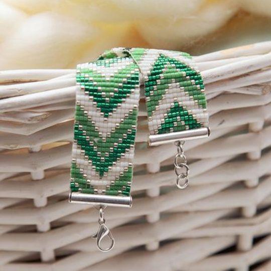 Green Arrow Loom Bracelet