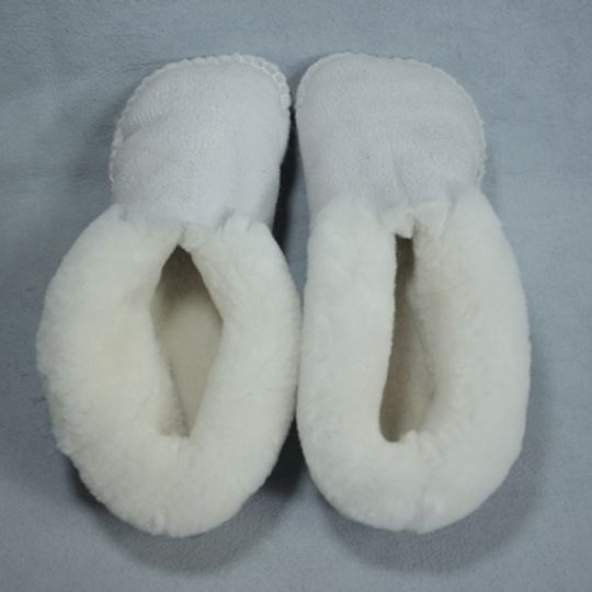 Handmade sheepskin slippers - Natural