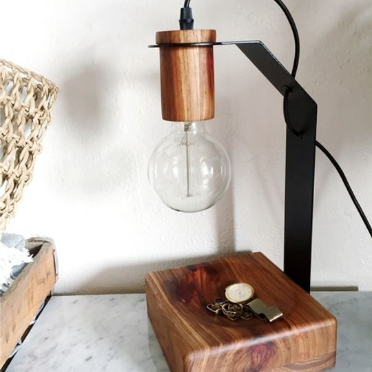 Flat pack bowl lamp