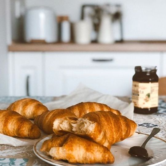 French Plain Croissant