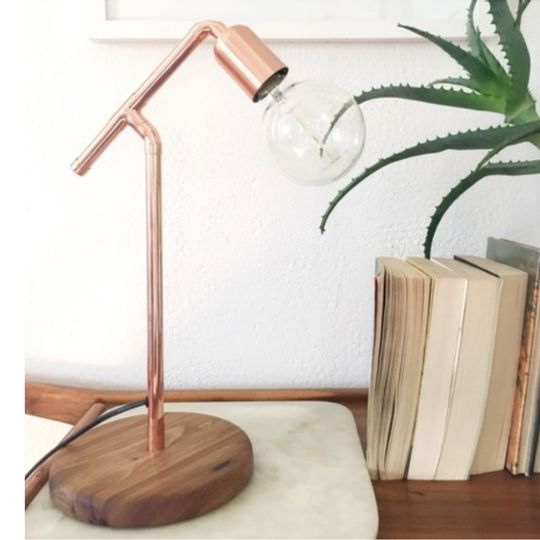 Wood base table lamp