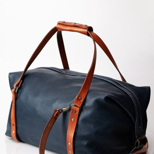 Leather traveller bag – Navy