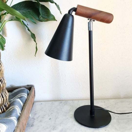 Wood arm swivel lamp