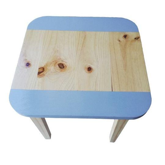 Square Table (Medium)